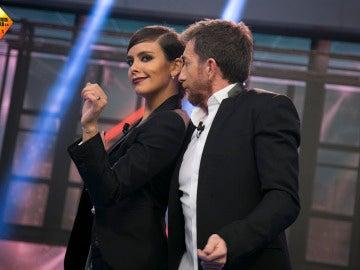 Cristina Pedroche y Pablo Motos revolucionan 'El Hormiguero 3.0' con su baile más 'pegado'