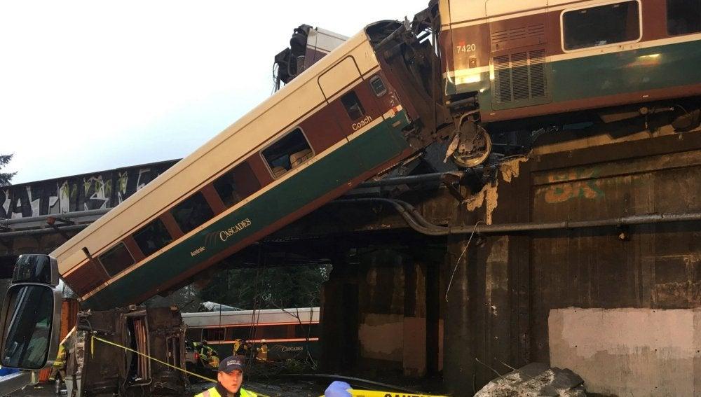 El tren descarrilado en EEUU