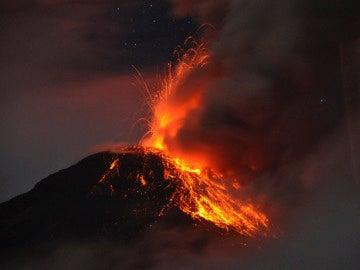 El volcán 'Reventador'