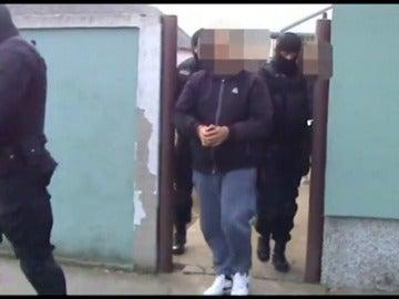 La policía serbia y croata detienen a 17 personas por tráfico de inmigrantes