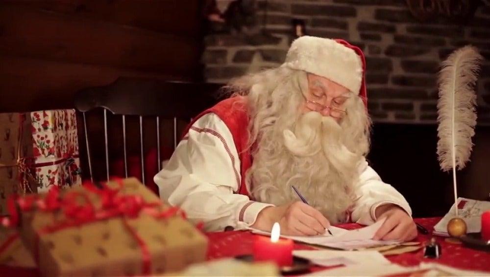 Fotos Papa Noel Reyes Magos.El Viaje De Las Cartas De Papa Noel Y Reyes Magos Por Primera Vez A La Vista De Todos