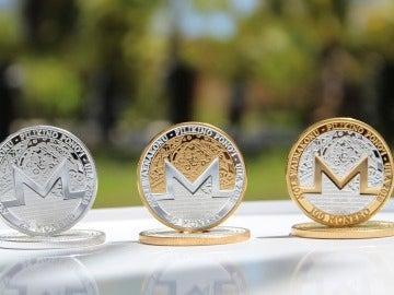 Representación física de la moneda virtual Monero