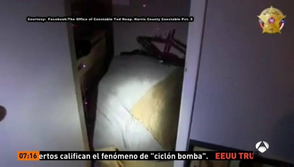 Antena 3 tv la polic a estadounidense rescata a un ni o - Armario de la tele antena 3 ...