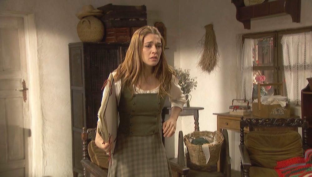 Julieta arremete contra su abuela en un acto de rebeldía