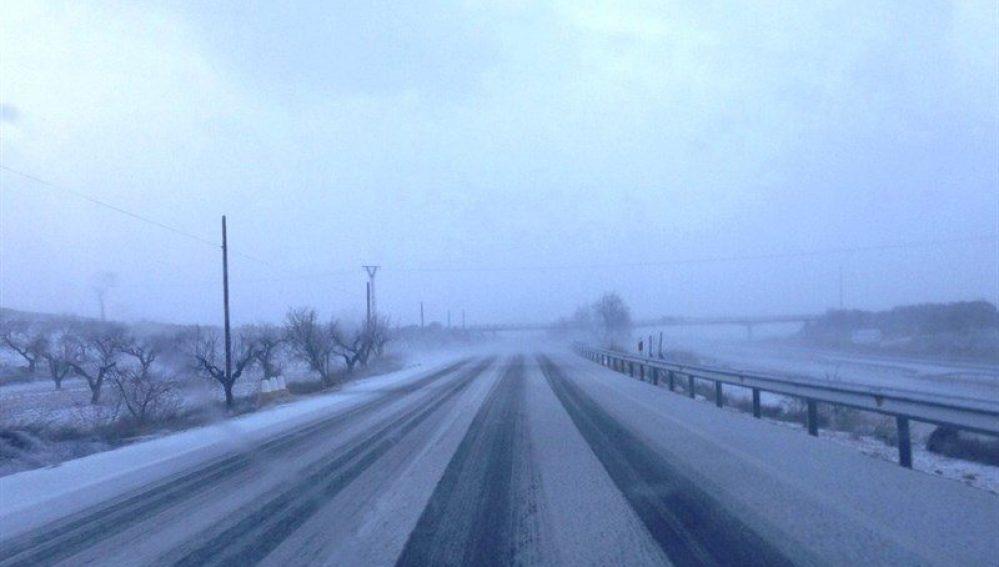 Precaución en la carretera ante la posibilidad de nieve y hielo