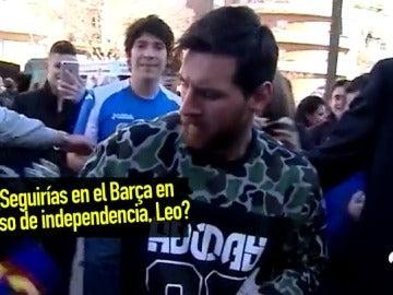 La reacción de Messi al ser preguntado por la cláusula 'anti-independencia' que impuso al Barça