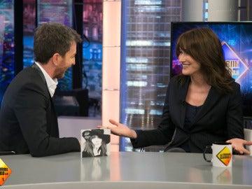 """Carla Bruni relata cómo vivió su bonita historia de amor con Nicolas Sarkozy: """"No sabía que el flechazo podía existir"""""""