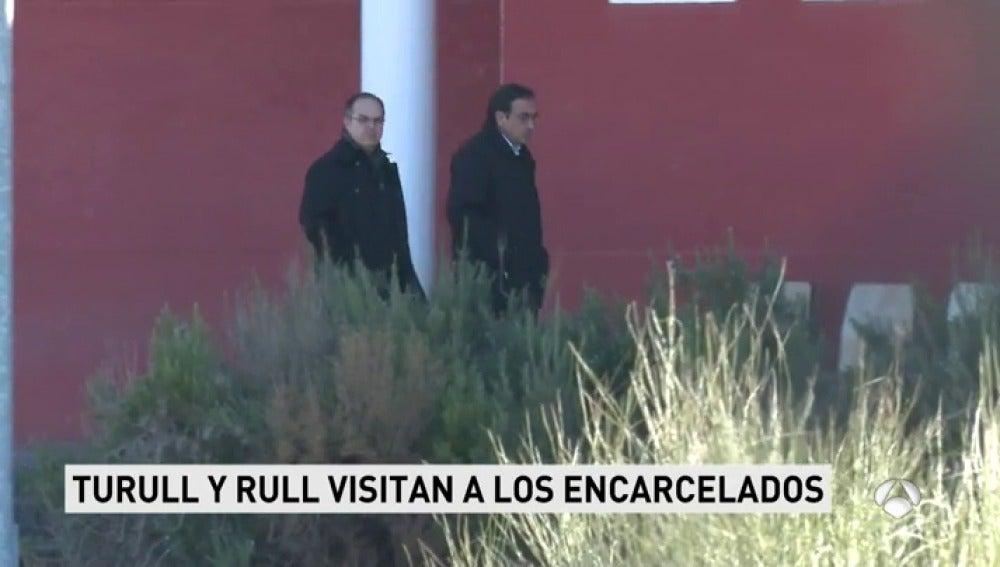 Turull y Rull visitan a los encarcelados