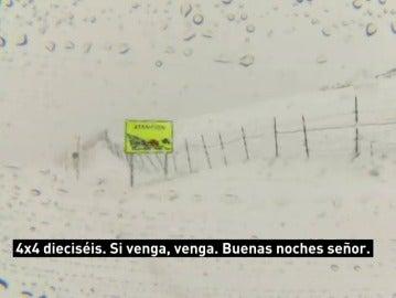 """La respuesta del 112 a siete jóvenes atrapados en El Angliru sin abrigo: """"El que está sin ropa que se quede en el coche"""""""