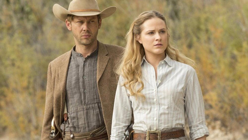Evan Rachel Wood y Jimmi Simpson en 'Westworld'