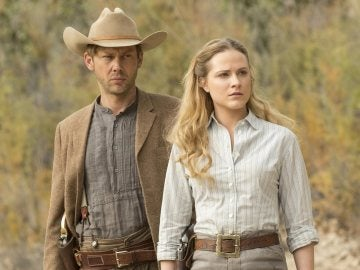 Evan Rachel Wood y Jimmi Simpson en 'Westworld'