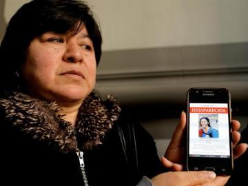 Los padres de la ecuatoriana desaparecida viajan a Lima con fe en encontrarla