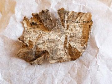 Periódico encontrado bajo el suelo del Palacio de Buckingham