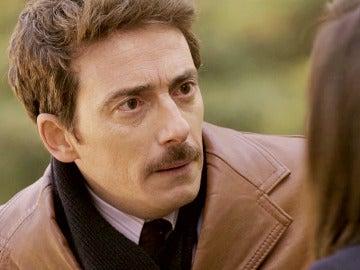 Diego Durán, incrédulo ante el favor que Raquel le pide
