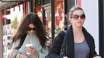 Selena Gomez junto a su madre Mandy Teefey