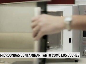 Los microondas contaminan igual que casi siete millones de coches en la Unión Europea
