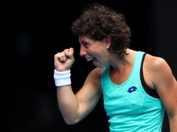 Carla Suárez celebra su victoria ante Kontaveit