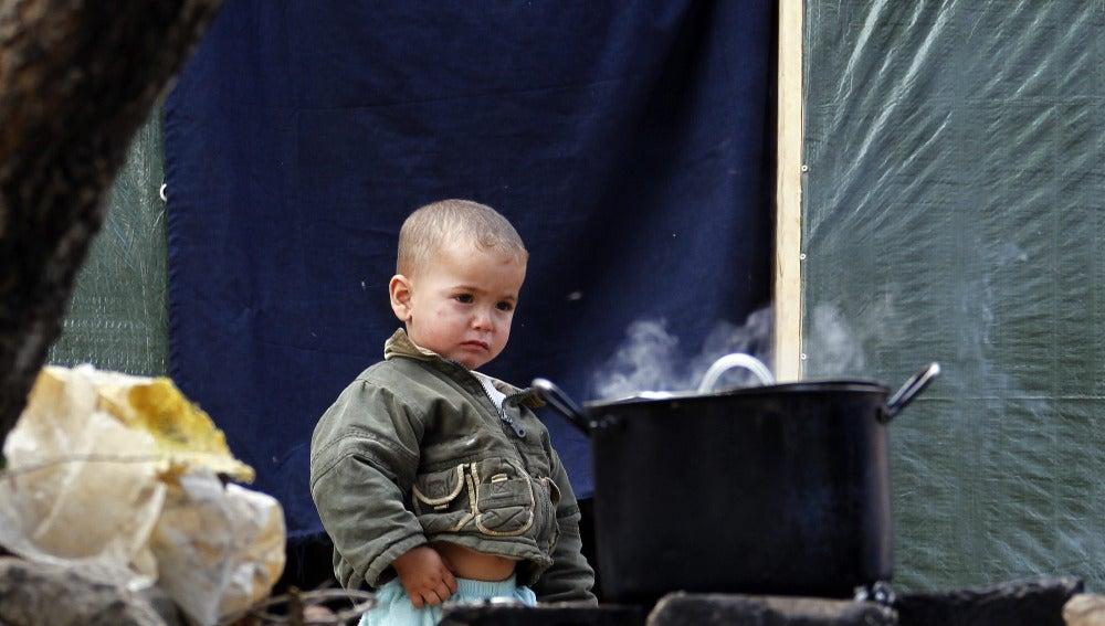 Un niño refugiado sirio en un campo de refugiados al sur de Líbano