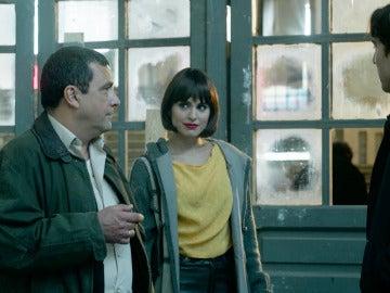 Miguel y Carol se reencuentran ante los ojos de El Chatarrero tras veinte años