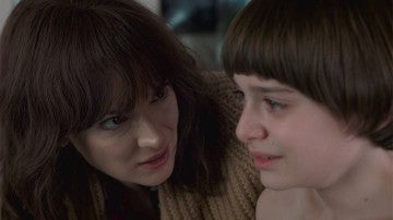 Winona Ryder y Noah Schnapp en 'Stranger Things'