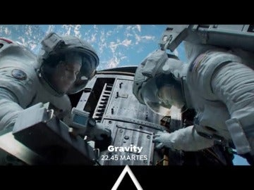 Sandra Bullock y George Clooney protagonizan 'Gravity'