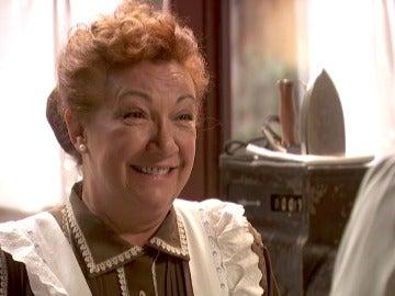 Dolores le pide matrimonio a un enamorado Tiburcio