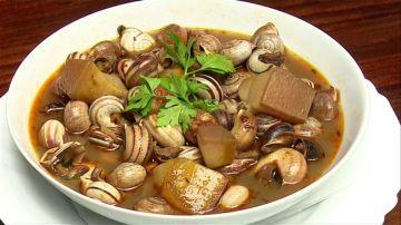 La materia prima y una buena salsa es el secreto del éxito de un buen plato de caracoles
