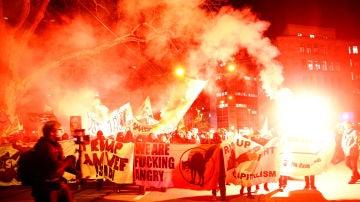 Protestas por la participación de Donald Trump en Davos