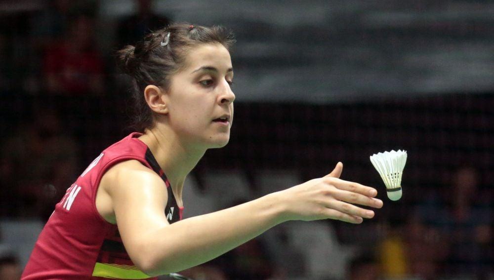Carolina Marín, en acción ante Dinar Dyah Ayustine