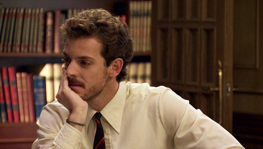 Javier descubre el verdadero motivo por el que es el director de 'España-Siete Días'