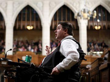 El exministro de Deporte y Personas con Discapacidades de Canadá, Kent Hehr