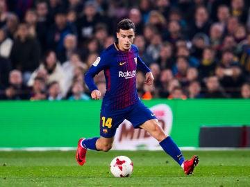Coutinho, con el balón en el partido del Barcelona