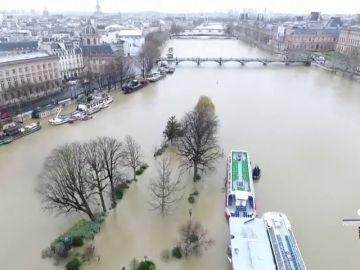 El Sena no alcanzará los niveles de 2016 pero París sigue en alerta