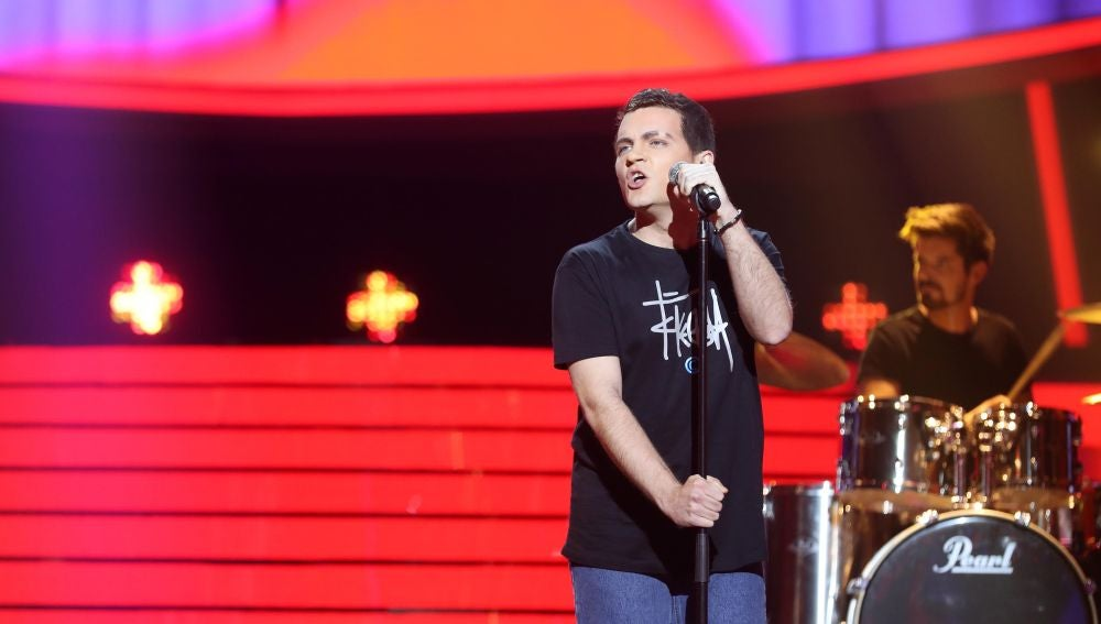 Adam Jezierski homenajea a 'El Canto del Loco' con su exitazo 'Insoportable'