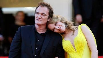 Quentin Tarantino junto a Uma Thurman