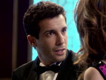 Ignacio se convierte en el Agente 007 en su nuevo sueño