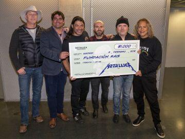 Metallica dona 31.000 euros a una ONG para ayudar a personas sin hogar