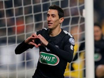 Di María celebra su gol con el PSG