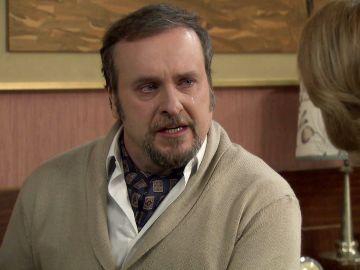 Ortega se disculpa ante Matilde por su relación con Charo