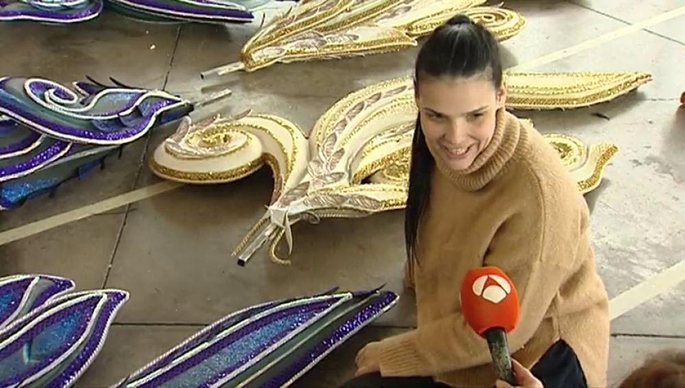 Saida Prieto vuelve a subirse al escenario y aspira a Reina del Carnaval de Tenerife