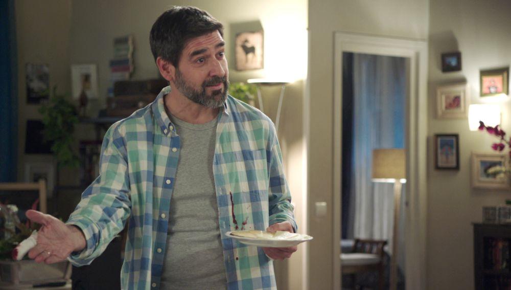 Alberto Lozano es Nacho, el marido de Elena