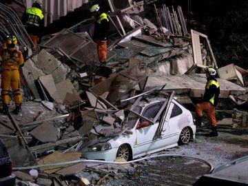 Numerosos destrozos tras el terremoto de Taiwán