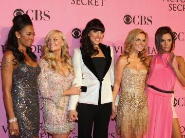 Las Spice Girls en el desfile de Victoria's Secret en 2007