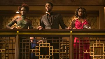 Lupita Nyong'o, Chadwick Boseman y Danai Gurira en 'Black Panther'