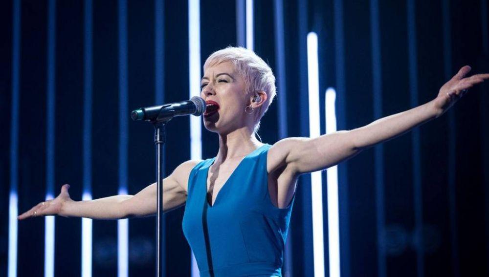 SuRie representante de Reino Unido para Eurovisión 2018