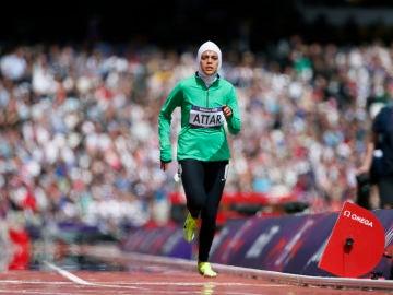 Sarah Attar, atleta en representación de Arabia Saudí