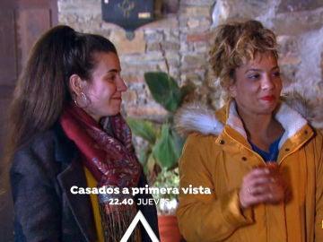 Sheyla y Carolyne no se besan ni por petición popular