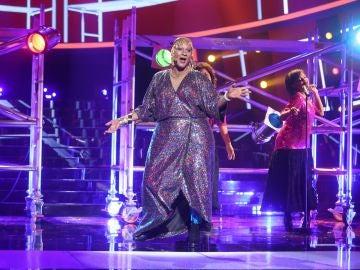 Miquel Fernández brilla como Sylvester versionando 'You make me feel'
