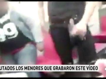 La Ertzaintza investiga por alteración del orden público a cinco menores por un video en el exhiben navajas en el Metro
