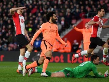 Salah celebra su gol contra el Southampton
